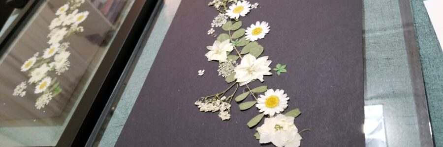 2021-02-27_Decorate-With-Pressed-Flowers (5)
