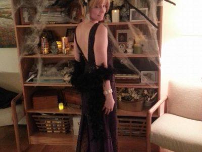 LizWig_BlondeShort